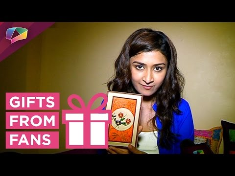 Farnaz Shetty receives gifts from her fans