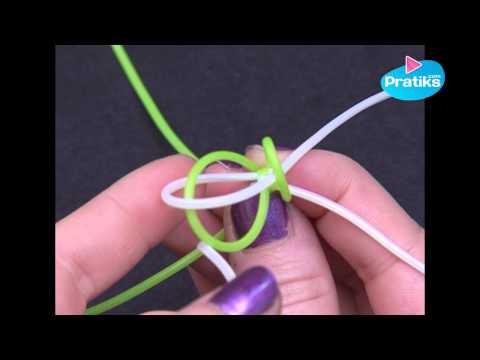 Wie Sie ein viereckiges Scoubidou machen können