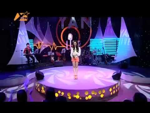 Yan Live – Khổng Tú Quỳnh