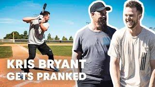 Video Baseball Star Kris Bryant Gets Pranked by Hall of Famer Greg Maddux MP3, 3GP, MP4, WEBM, AVI, FLV Maret 2019