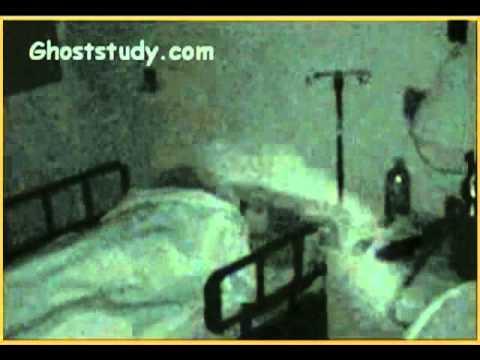 fantasmi - questo è ciò che ha ripreso una telecamera di sorveglianza!