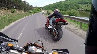 9. Ktm 690 smc  Vs Ducati 848