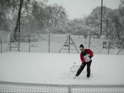 Tennis in the snow