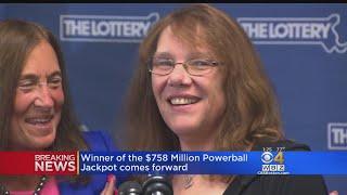 Выигравшая 758 миллионов $ не хочет выходить на работу