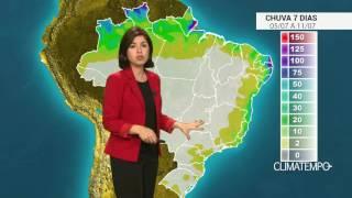 A chuva no momento certo e bem distribuída contribuiu para o aumento da produção de algodão no oeste da Bahia. A colheita segue favorecida. Confira no mapa c...