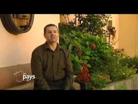 Le CLOS DES RAISINS chambres d'Hôtes en Alsace sur TV5 MONDE (En Pays de...) Part 1