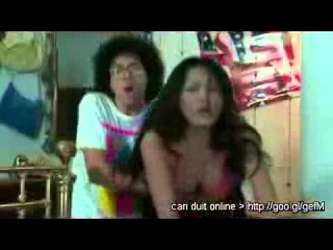 Download Video Video Andi Soraya Di Film Hantu Puncak Datang Bulan       Adesepele Blog™