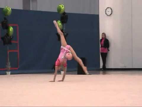 11-yr-old Elena Ball at 2011 US Region 4 Rhythmic Gymnastics 新体操小学生 (видео)