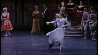 "Download Lagu Tchaikovsky: ""Swan Lake"" - Danse Russe Mp3"