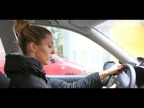 Whatsapp und Selfies: 70 Prozent der Autofahrer nutzen  ...