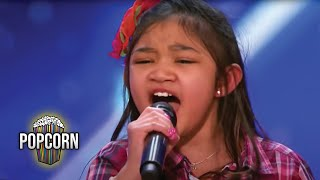 Video America's Got Talent 2017 Angelica Hale 9 Year Old Stuns Simon & The Crowd Full Audition S12E02 MP3, 3GP, MP4, WEBM, AVI, FLV Januari 2019