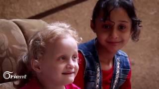 قصة مواطن سوري تحدى الموت لتعيش عائلته وآخر فضل البقاء في سوريا على السفر خارجها