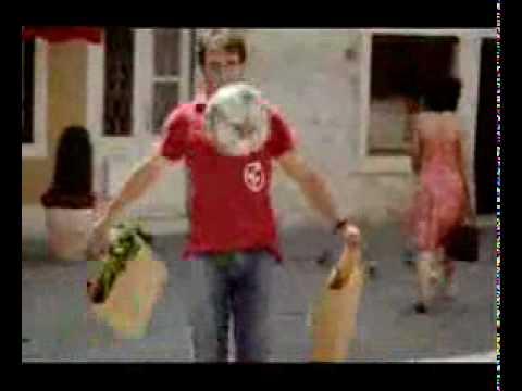 Anuncio Heineken con Zola y Romario – Funny beer commercial with Zola and Romario