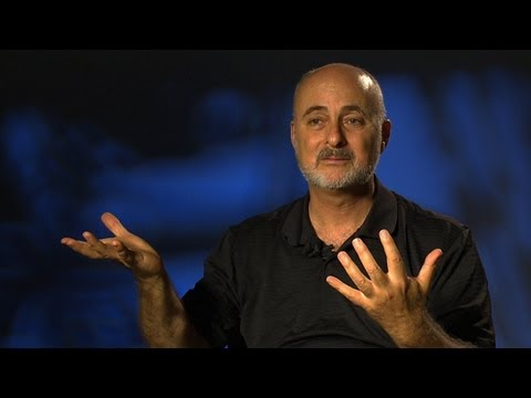 David Brin auf der Science Fiction Barometer - The World  's Largest Science Fiction Collection (Ep. 5)