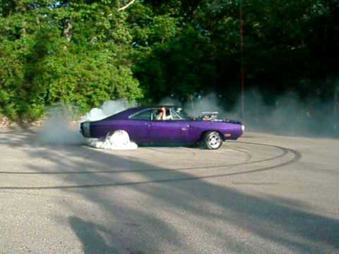 1970 Dodge Charger Burnout