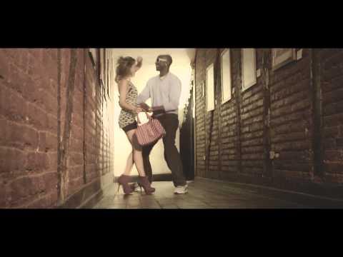 Kata Palacios feat. Tim Jones - Te Voy A Amar (Vídeo Oficial)