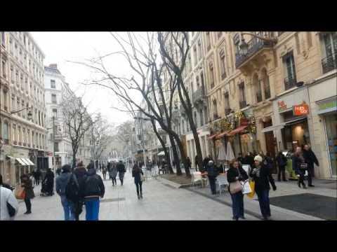 Rue de la République lyon france  شارع الشعب ليون فرنسا