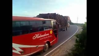 Video Gaya Ngeblong Bus Sumatra Lintas Sumatra VS  Bus Jawa Lintas Pantura MP3, 3GP, MP4, WEBM, AVI, FLV Maret 2019