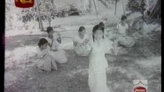 "Video ""Sudu Sanda Eliye"" - Indrani Wijebandara (Senaratne) (Rekawa, 1956) MP3, 3GP, MP4, WEBM, AVI, FLV November 2017"