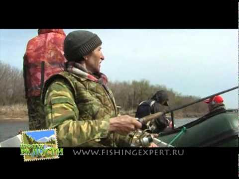 Рыбалка на волге часть1 весна 2010 года