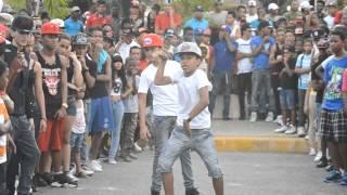 Batalla De Gallos Dembow - Detras De Camara Official ( Behind The Scenes) Dembow 2014