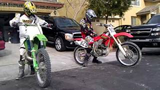 Video Crf 450 and kx250 about to go ride MP3, 3GP, MP4, WEBM, AVI, FLV Mei 2017