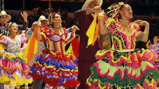 Festa Junina, arrastapé com Canários do Reino podemos dizer que é um clássico nas festas de São João. São as músicas mais...