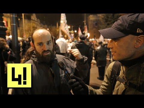 Vona Gábor az LMP-re és a Momentumra mutogatva rázta fel a táborát