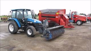 5. 2000 New Holland TL80 MFWD tractor for sale | sold at auction July 17, 2014