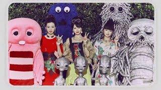 深田恭子、多部未華子、永野芽郁出演・ピンクガチャとブルームクにそっくりな宇宙人が登場/UQモバイルCM