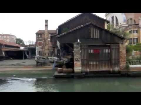VENEZIA sestiere Dorsoduro - canale della Giudecca - Rio San Trovaso e squero di San Trovaso