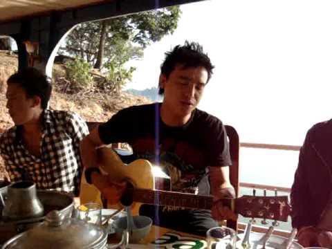 Tsom Xyooj (live)- Cua yua Cua