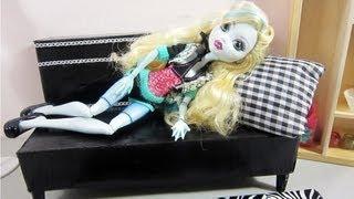 Episodio 623 - Cómo hacer un sofá para muñecas con material reciclado - cajas de cartón