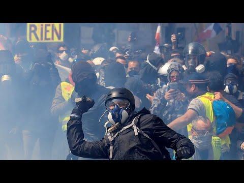 Παρίσι: Συγκρούσεις και δακρυγόνα στις πορείες της Πρωτομαγιάς …