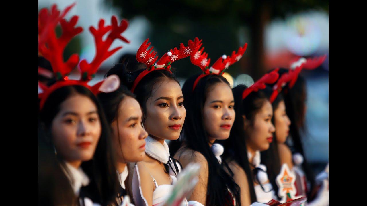 Χριστούγεννα παντού στον κόσμο