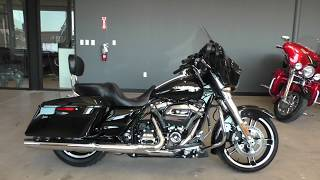 6. 616088   2017 Harley Davidson Street Glide   FLHX Used motorcycles for sale