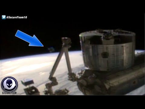 Feed CUT As Horseshoe UFO Appears On ISS Live Cam! 4/18/16