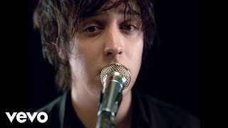 Video The Strokes - Reptilia MP3, 3GP, MP4, WEBM, AVI, FLV September 2017