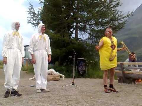 PIC - Pronto Intervento Clown a 2000 metri - I parte (2/3)