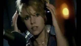 Toto je československá singlová hitparáda roku 1985.Sledujete pořadí na 40. - 31.místě.