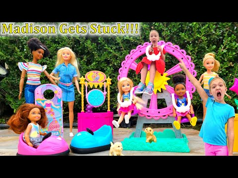 Madison Gets Stopped on the Top of Barbie Ferris Wheel!!!