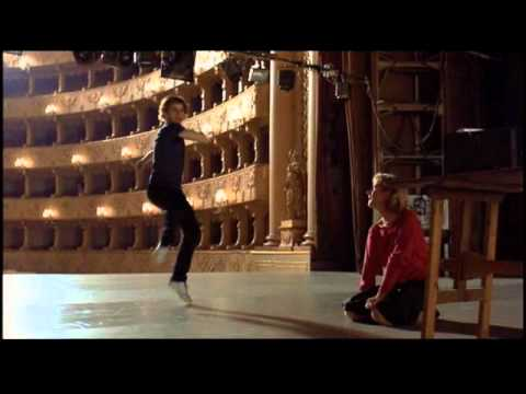 White Nights, Mikhail Baryshnikov dances to Vysotsky's Horses