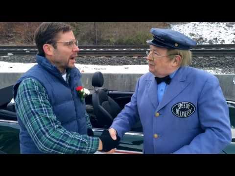 pittsburgh - Dad got to meet Mr. McFeely from Mr. Rogers Neighborhood at the Pittsburgh Thanksgiving parade! Like Pittsburgh Dad on Facebook: http://www.facebook.com/pitt...