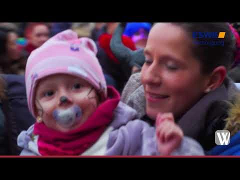 Wiesbaden: Narren stürmen nach dem traditionellen K ...