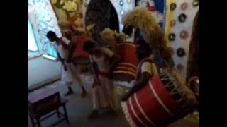 The best 2016 Durga Puja Dhak by Dhakis. Mix of Traditional Dhak with Other percussion instruments.We captured this video on Durga Puja on Sashti / Sasti. Its was one of the most beautiful Dhak Play you can ever hear.Do Like, Comment and Subscribe to our channel for more videos.