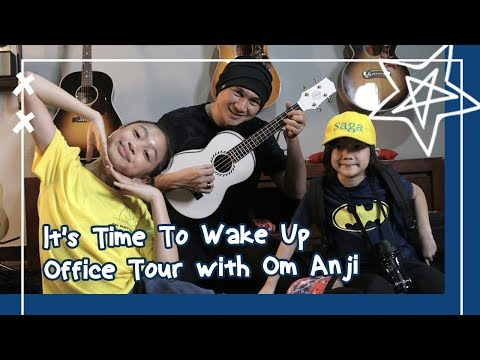 Video Zara Leola - It's Time To Wake Up Office Tour with Om Anji and Saga!! download in MP3, 3GP, MP4, WEBM, AVI, FLV January 2017