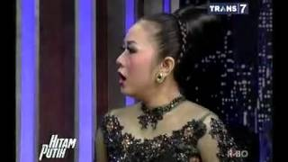 Video Hitam Putih - Soimah [Full Video] 11 Maret 2014 MP3, 3GP, MP4, WEBM, AVI, FLV Juni 2019