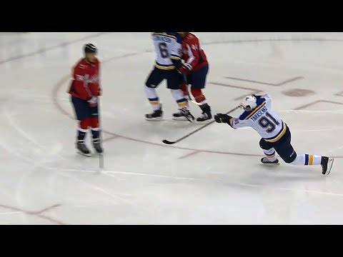 Video: Blues' Tarasenko picks the corner with a bullet