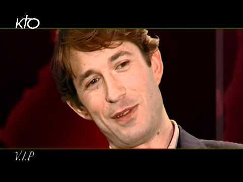 Gregori Derangère - En 2001, il avait la gueule cassée dans « La chambre des officiers » de Francois Dupeyron. En 2004, il décroche le César du Meilleur espoir masculin pour le ...