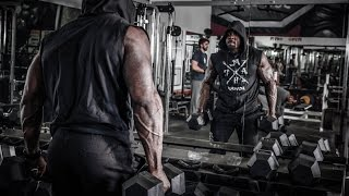 Training Chest and Shoulders: Mike Rashid + Devone
